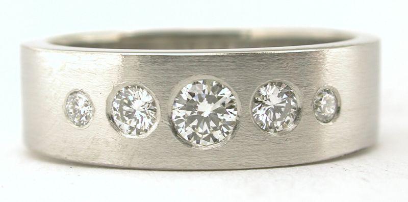 Diamond and Platinum 5 diamond wedding band