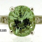 Green Garnet diamond and platinum ring