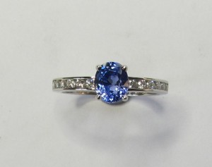 Sapphire and platinum tutti-frutti ring